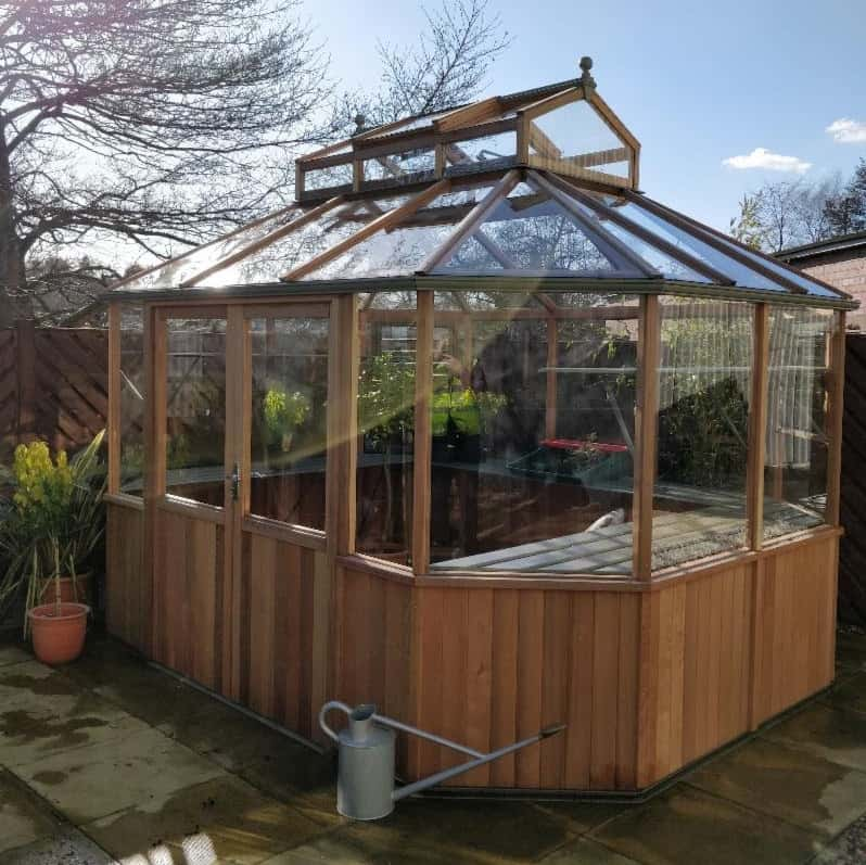Alton Octagonal 912 Greenhouse 9 x 12